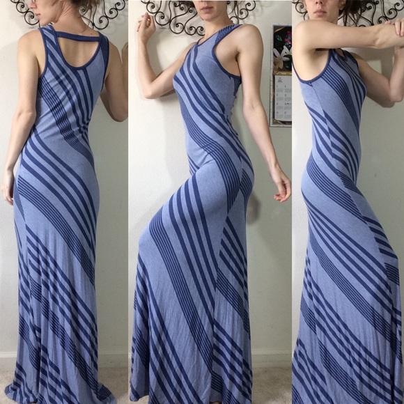 Christian Siriano Dresses & Skirts - Christian Siriano Blue Stretchy Striped Maxi Dress